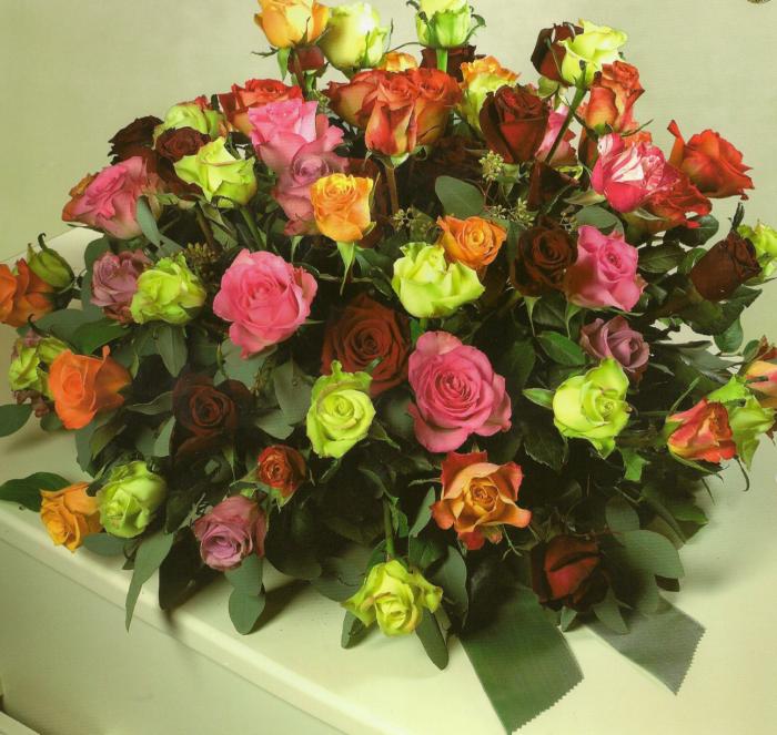 Gemengde rozen € 160,00
